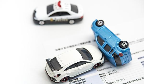 交通事故を弁護士に相談するメリットは?弁護士の選び方・相談のタイミング